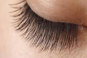 Tips for wearing false eyelashes